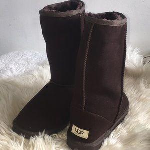 Ugg Boots, 8/12-9